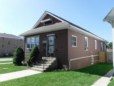 2300 N 73RD CT, Elmwood Park, IL 60707 - Photo 2