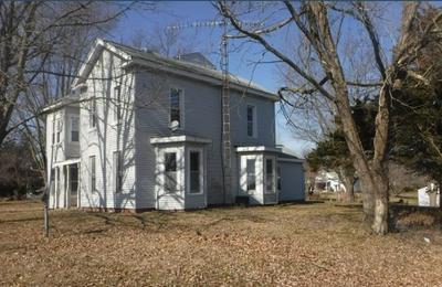 410 CHAPIN ST, Chapin, IL 62628 - Photo 1