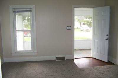 412 2ND ST, Anchor, IL 61720 - Photo 2
