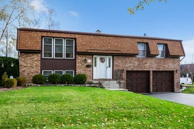 3865 N FIRESTONE DR, Hoffman Estates, IL 60192 - Photo 1