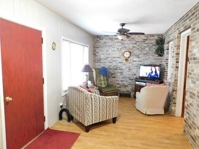 620 BELLWOOD DR, BELVIDERE, IL 61008 - Photo 2
