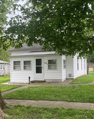 510 S 3RD ST, Fisher, IL 61843 - Photo 1