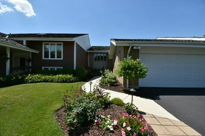 156 BRIARWOOD N, Oak Brook, IL 60523 - Photo 1