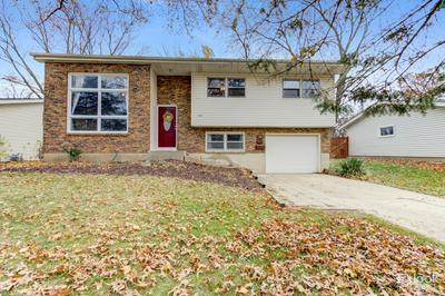 136 FAIRVIEW DR, St. Charles, IL 60174 - Photo 1