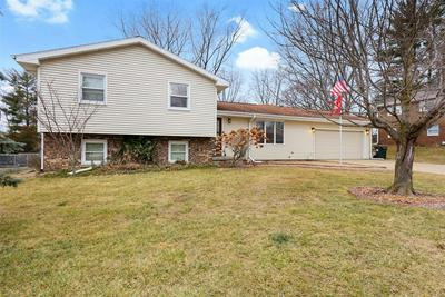 409 WEATHERING DR, Mahomet, IL 61853 - Photo 2
