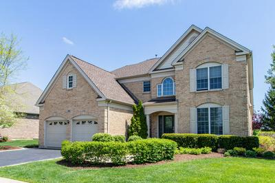 12 TOURNAMENT DR S, Hawthorn Woods, IL 60047 - Photo 2