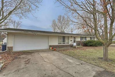 209 W STRONG ST, TOLONO, IL 61880 - Photo 2