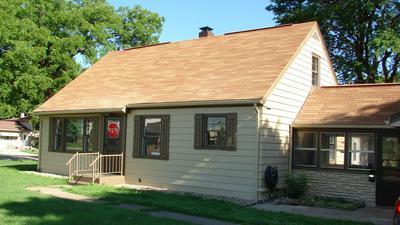 1320 MEYER ST, Elgin, IL 60123 - Photo 2
