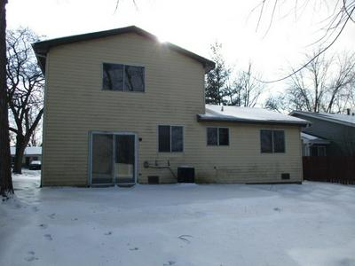11 PLOVER CT, Woodridge, IL 60517 - Photo 2