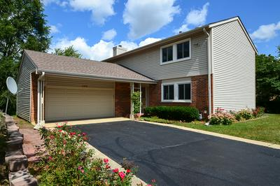 102 MAYBERRY CT, Rolling Meadows, IL 60008 - Photo 1