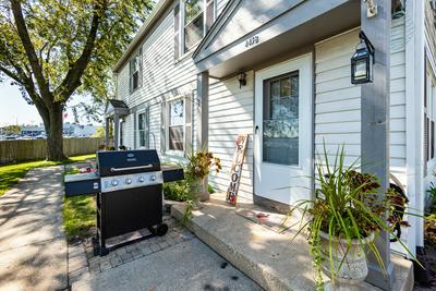 443 JAMES CT UNIT B, Glendale Heights, IL 60139 - Photo 2