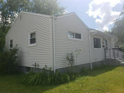 2625 SUNSET AVE, Waukegan, IL 60087 - Photo 2
