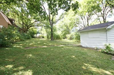 39203 N JACKSON DR, Spring Grove, IL 60081 - Photo 2