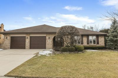 449 WATERFORD DR, Willowbrook, IL 60527 - Photo 1