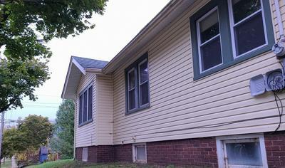 1103 17TH ST, Rockford, IL 61104 - Photo 2