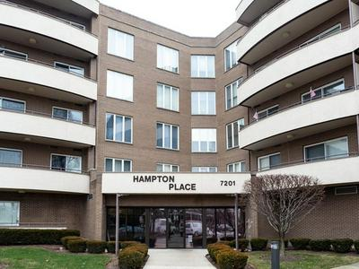 7201 N LINCOLN AVE APT 513, Lincolnwood, IL 60712 - Photo 1