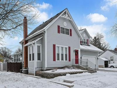 325 2ND ST, Downers Grove, IL 60515 - Photo 2