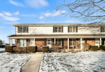 117 COLONIAL PKWY UNIT B, Yorkville, IL 60560 - Photo 1