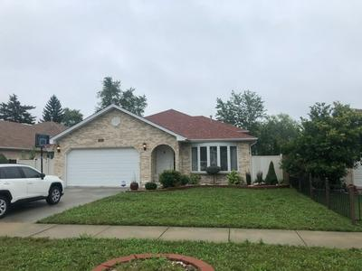 7925 RUTHERFORD AVE, Burbank, IL 60459 - Photo 1