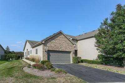 546 MADISON LN, Elgin, IL 60123 - Photo 2