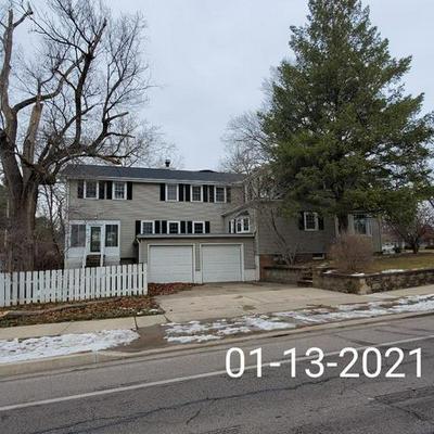 3105 N BIGELOW ST, Peoria, IL 61604 - Photo 2