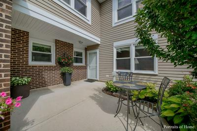240 COVENTRY CT, Bloomingdale, IL 60108 - Photo 2