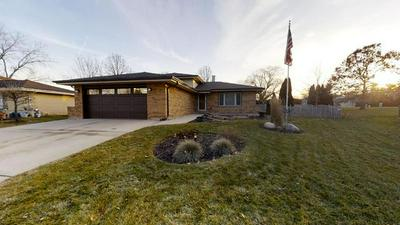 1549 RICHARDS AVE, DOWNERS GROVE, IL 60516 - Photo 1