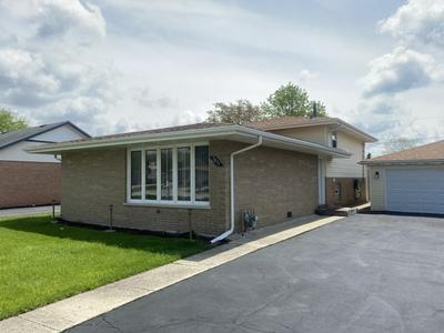 7831 W 80TH ST, Bridgeview, IL 60455 - Photo 2