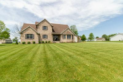3384 COUNTRY MEADOW LN, Heyworth, IL 61745 - Photo 1