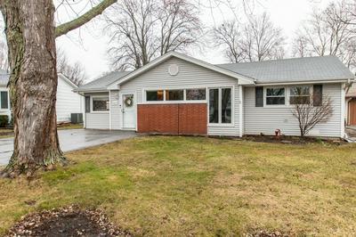 2413 SE THORNWOOD DR, Lindenhurst, IL 60046 - Photo 1