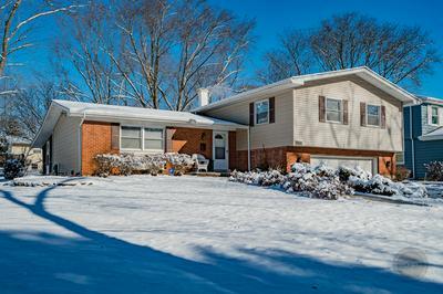 930 KIMBERLY WAY, LISLE, IL 60532 - Photo 2