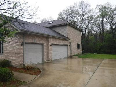 18678 FOREST VIEW LN, Lansing, IL 60438 - Photo 2