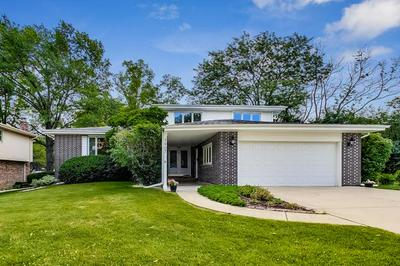 3907 SARATOGA AVE, Downers Grove, IL 60515 - Photo 2