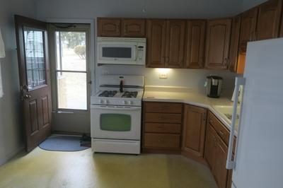 7623 CATALPA AVE, Woodridge, IL 60517 - Photo 2