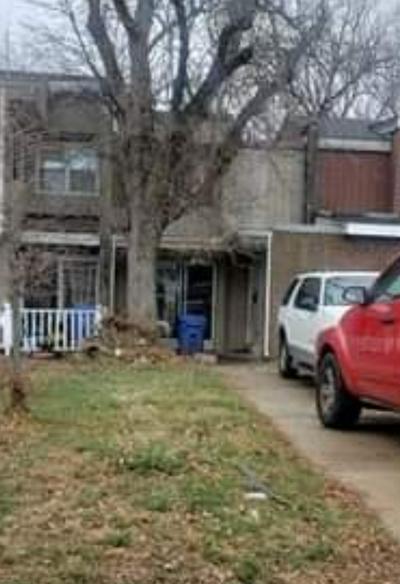 2035 BERKSHIRE CIR UNIT C, Carpentersville, IL 60110 - Photo 1