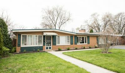 7915 W 98TH ST, Hickory Hills, IL 60457 - Photo 2
