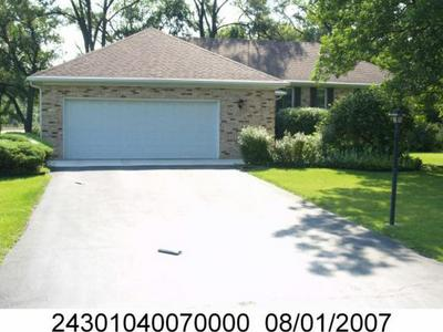 6999 W COLLEGE DR, Palos Heights, IL 60463 - Photo 2