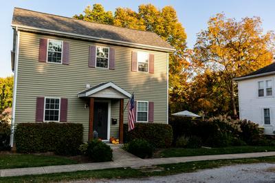 103 N CHERRY ST, Lexington, IL 61753 - Photo 2