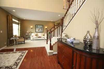 1520 RUSSELL DR, Hoffman Estates, IL 60192 - Photo 2