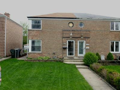 3717 W PRATT AVE, Lincolnwood, IL 60712 - Photo 1