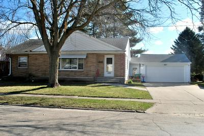 1091 N MAIN ST, ROCHELLE, IL 61068 - Photo 1