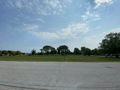 20000 GOVERNORS HWY, Olympia Fields, IL 60461 - Photo 2