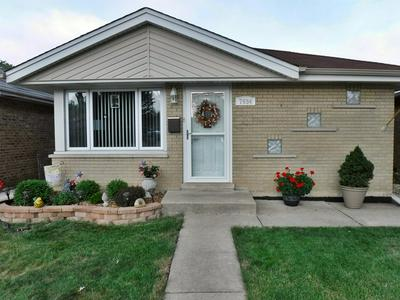 7934 RUTHERFORD AVE, Burbank, IL 60459 - Photo 1