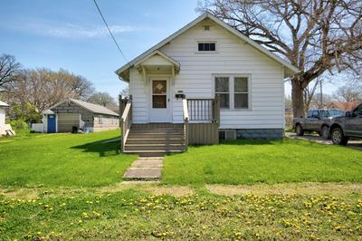 107 S MANSFIELD AVE, Milford, IL 60953 - Photo 1