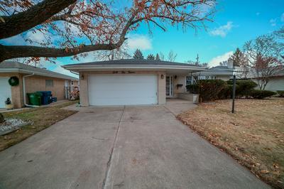 4212 W 91ST PL, Oak Lawn, IL 60453 - Photo 2
