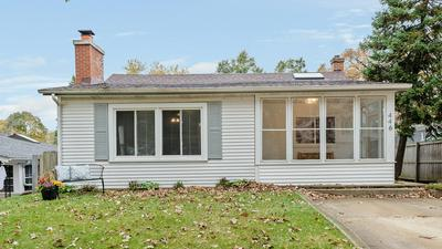 446 BELLEVIEW AVE, West Chicago, IL 60185 - Photo 1