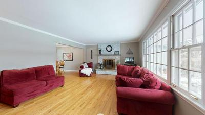 1324 BROOKSIDE LN, DOWNERS GROVE, IL 60515 - Photo 2