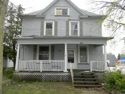 509 W MADISON ST, Pontiac, IL 61764 - Photo 1