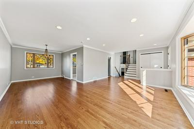 208 S DONALD AVE, Arlington Heights, IL 60004 - Photo 2