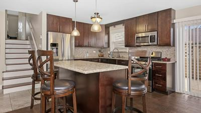 15057 KILDARE AVE, Midlothian, IL 60445 - Photo 2